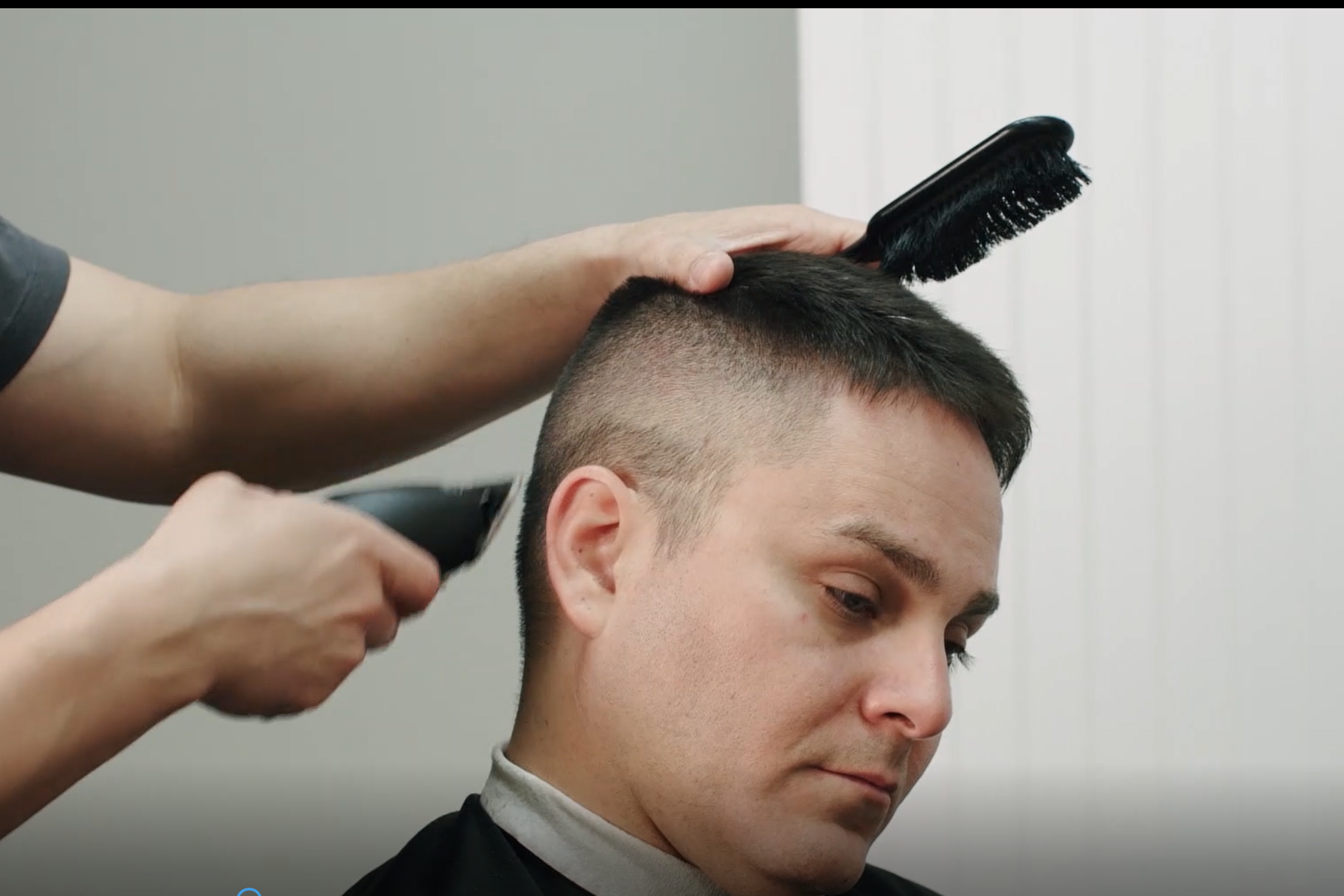MENTOR FADE WITH TEXTURED TOP IN SPANISH - FEATURING BENNY MACHADO - WAHL ARTIST